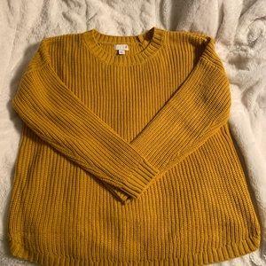 Mustard crewneck sweater!